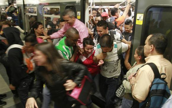 El privilegio de viajar en tren: God bless The Metro System