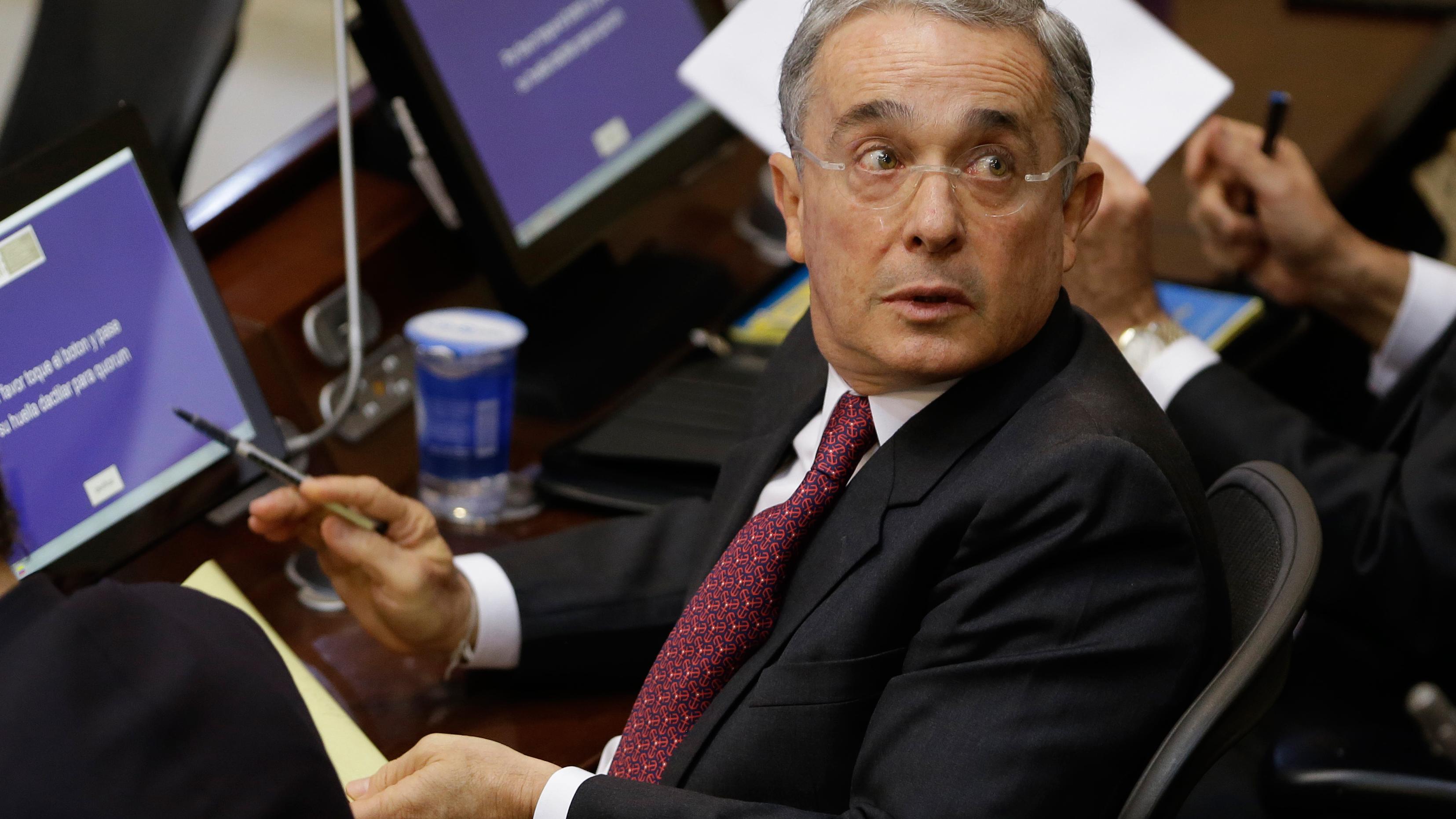 Álvaro Uribe Vélez: Lo bueno, lo malo y lo feo