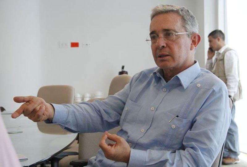 La caleta de Uribe y sus noticias falsas
