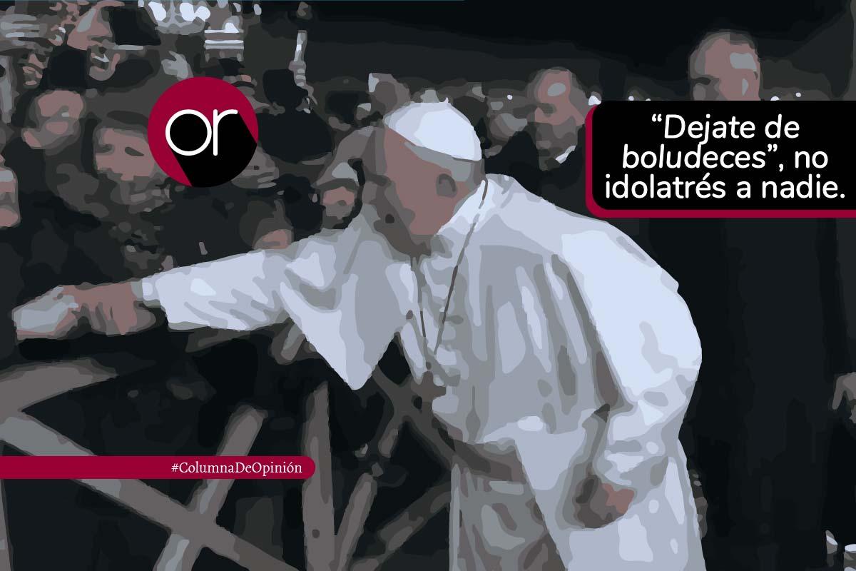 El «pao, pao» del papa a una mujer por halarlo