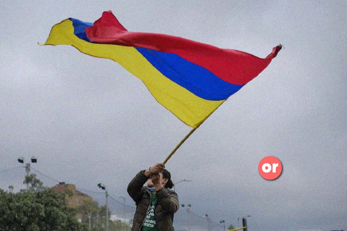 Portar la bandera al revés es mostrar independencia